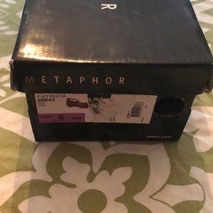 Metaphor Shoes - Metaphor